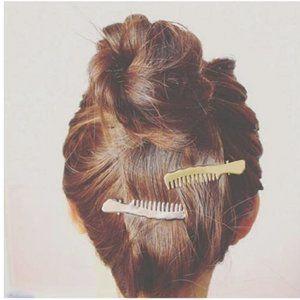 2 Brandy Melville Gold Metal Comb Brush Hair Clip